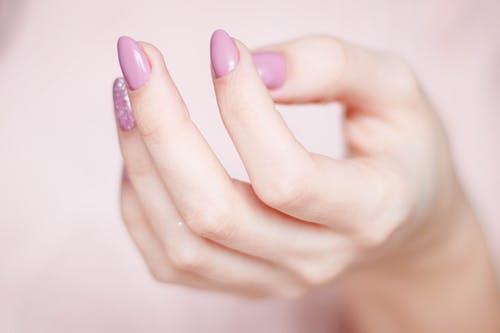 pink nail design